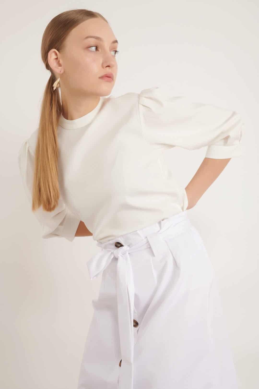 1002 ekru חולצת בייסיק צווארון סיני