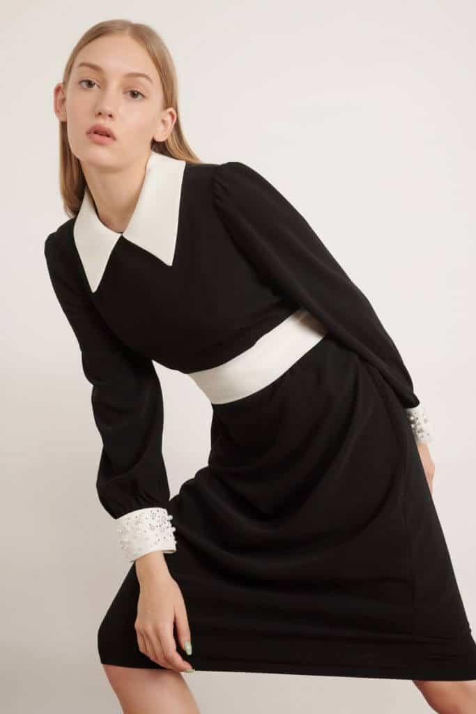 1009 שמלת פנינים שחורה