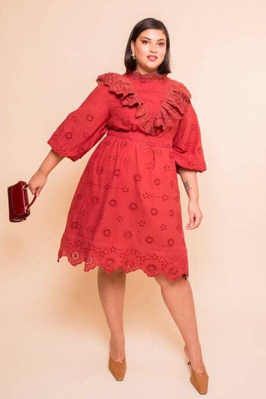 שמלת ריקמה - חמרא