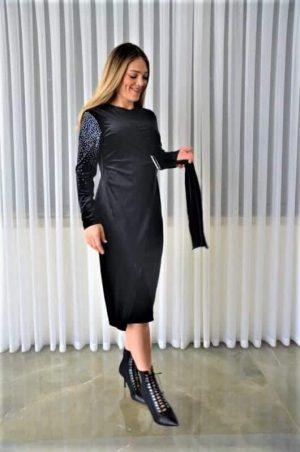 שמלת קטיפה עם אבני סברובסקי