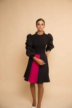 חצאית פליסה שחורה פס וורוד פוקסיה
